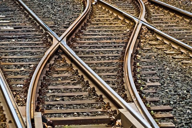 Philippine National Railway re-opens Caloocan-Makati line